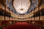 Újszínház – programok, jegyek itt!